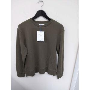 Zara Women's Crewneck Green Sweatshirt Size S